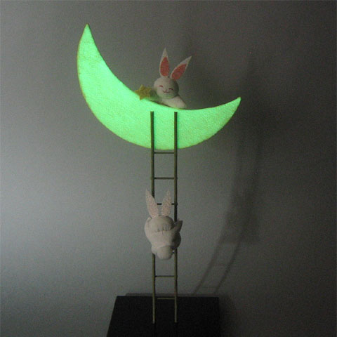 蓄光 月はしご兎