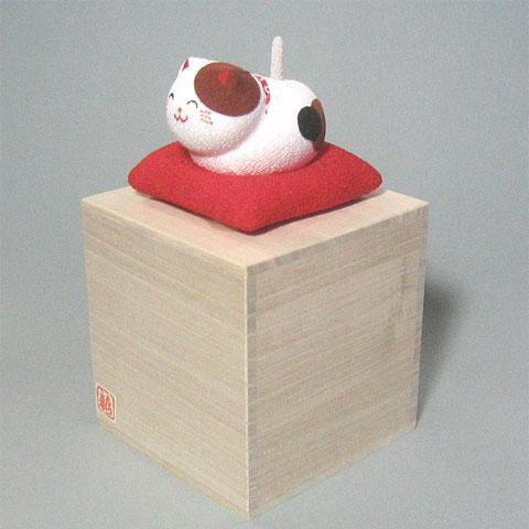 桐箱ゆらゆらソーラーミニ猫 三毛猫